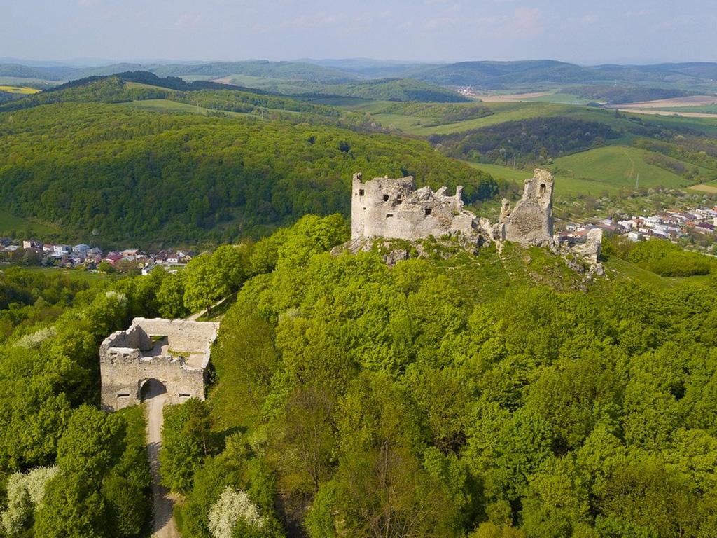 Burg Brekov