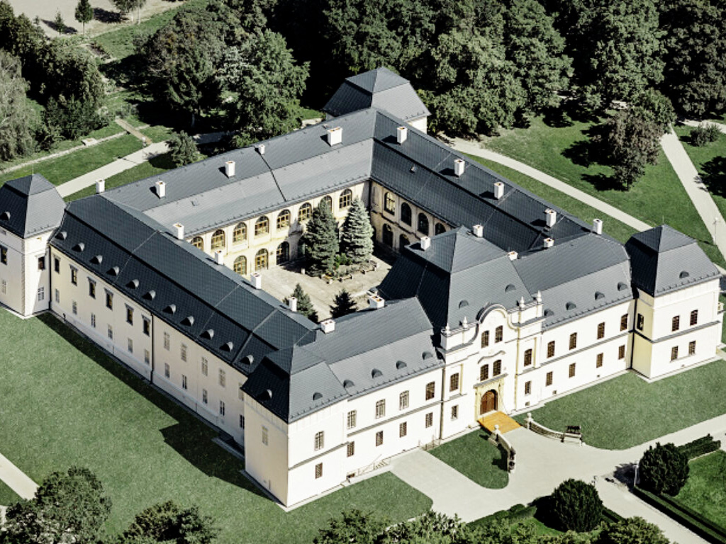 Schloss und Museum in Humenné