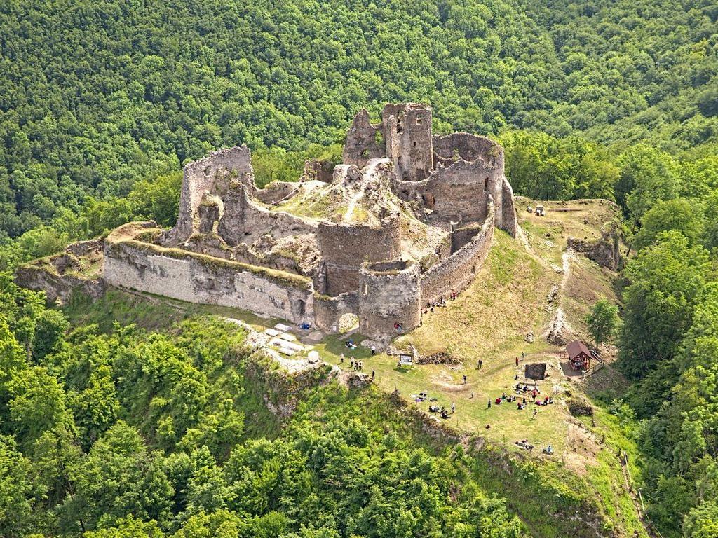 Burg Jasenov